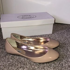 Steve Madden Classic Nude/Taupe Flats